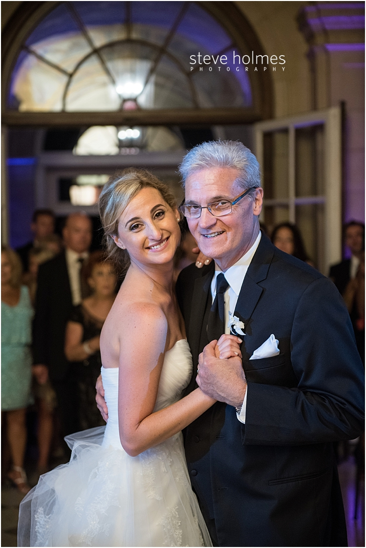 71_bride-and-father-smile-during-dance